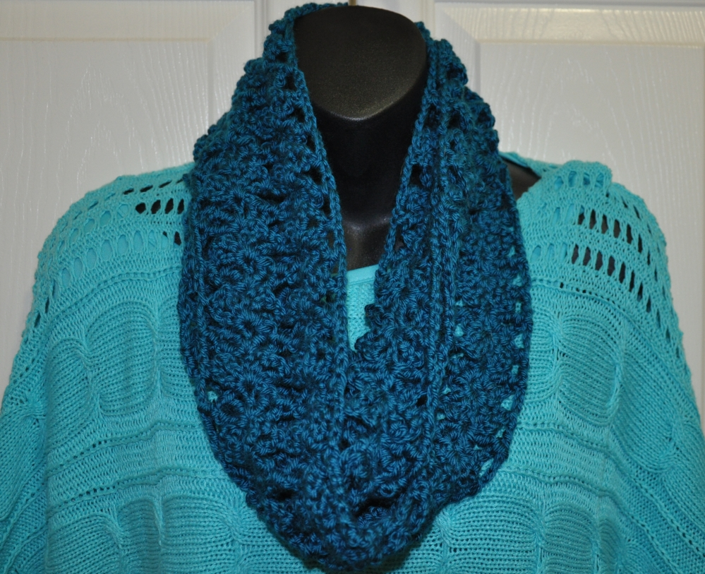 "dk-original-crocheted-infinity-scarf-set - shown 4"" wide"